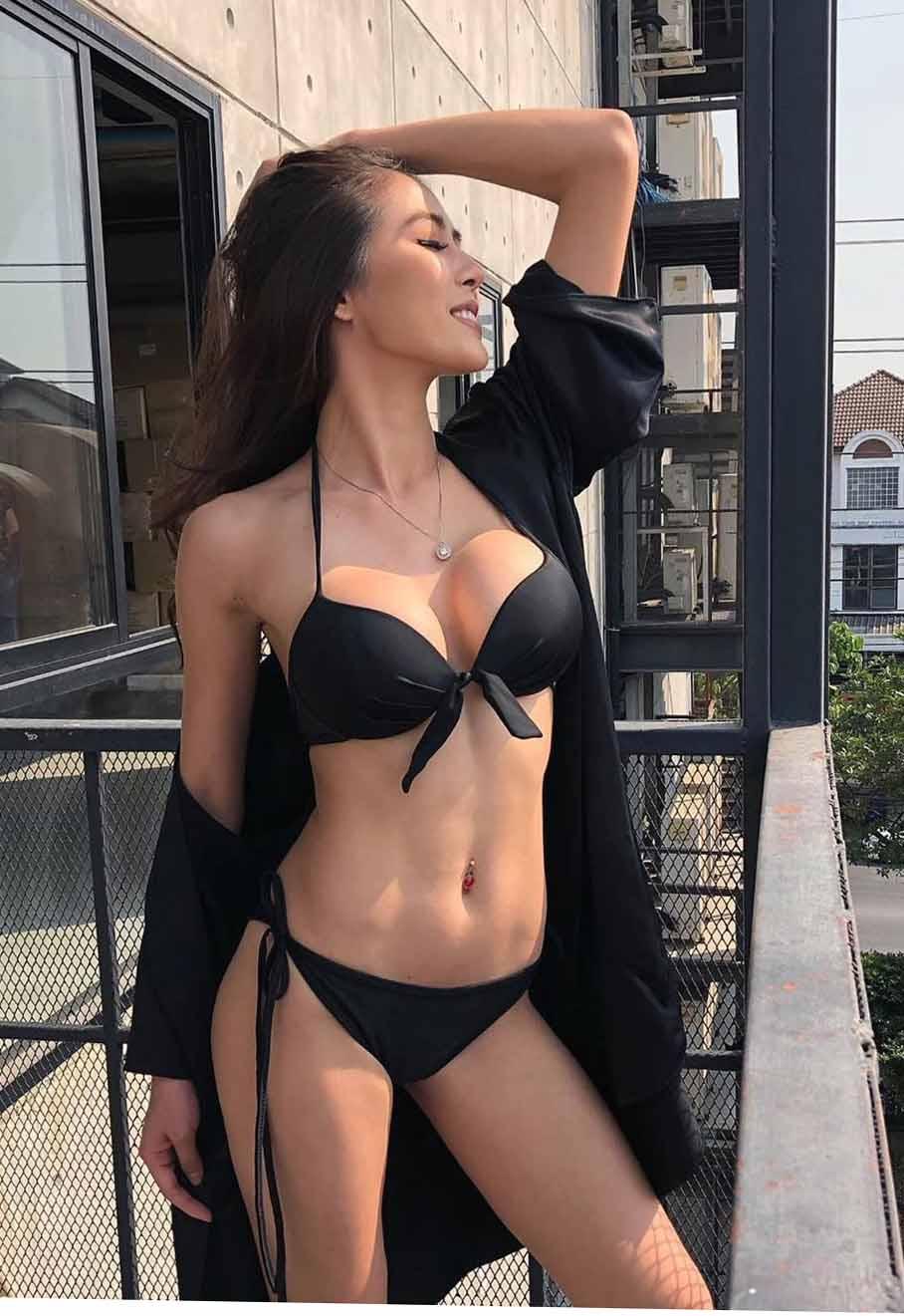 Hottest vietnamese women